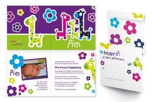 Geboortekaart, vrolijke kleuren, giraffen, envelop bedrukt